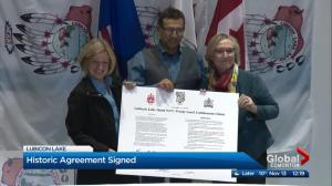 Ceremony marks land deal for Lubicon Lake First Nation